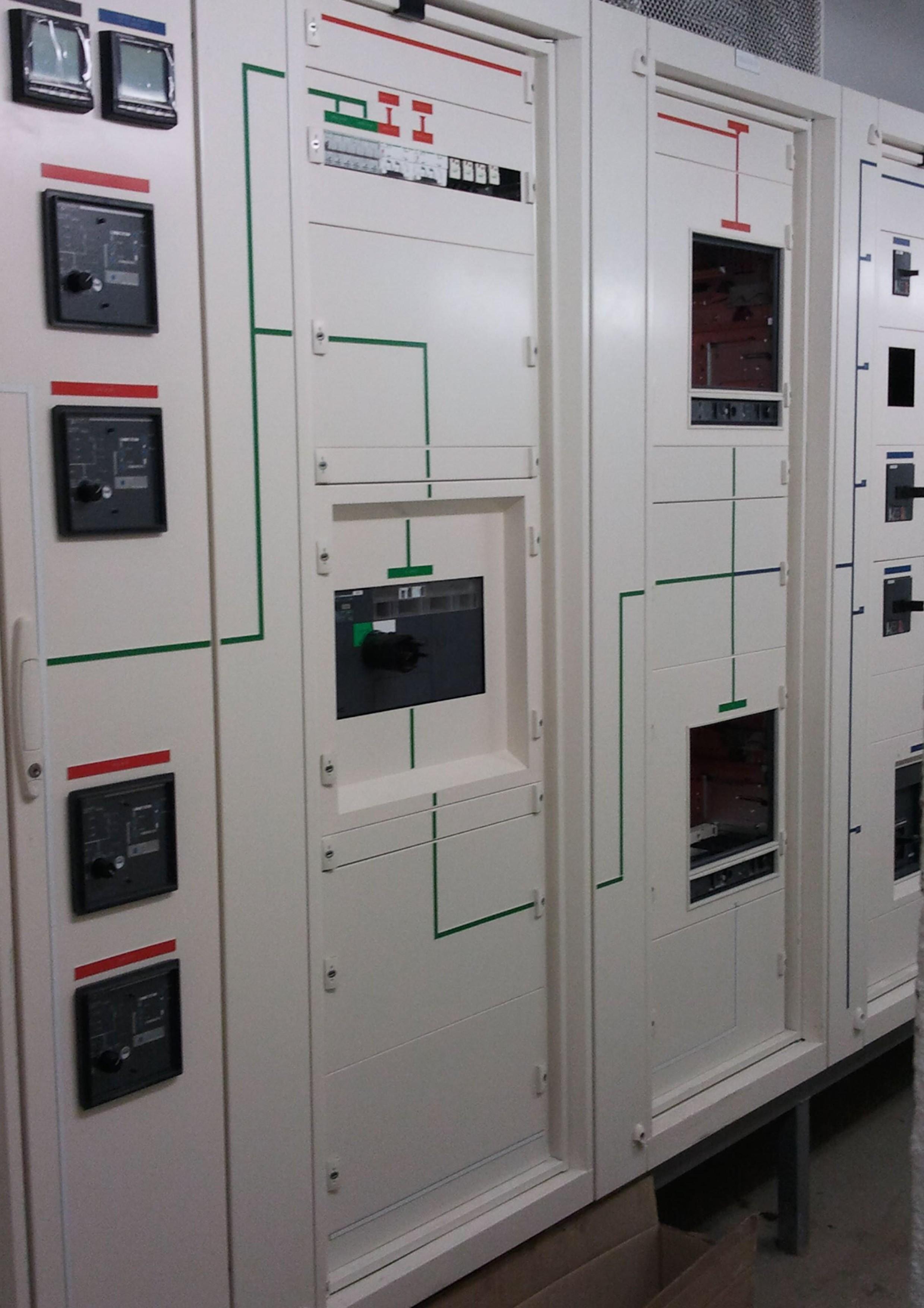 Livraison armoire lectrique paca coffret lectrique scv - Coffret armoire electrique ...